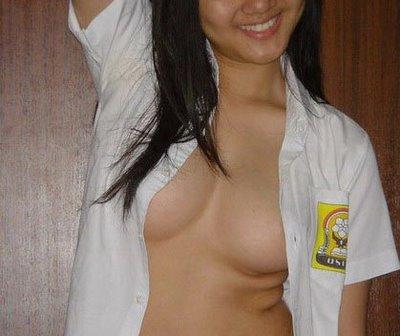 smu telanjang gadis